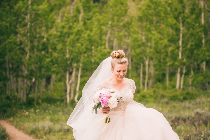 009_Crested Butte Wedding Photographer Secret Stash Woods Walk Ceremony Jamie Blue Bird Events Boho Epic Stars