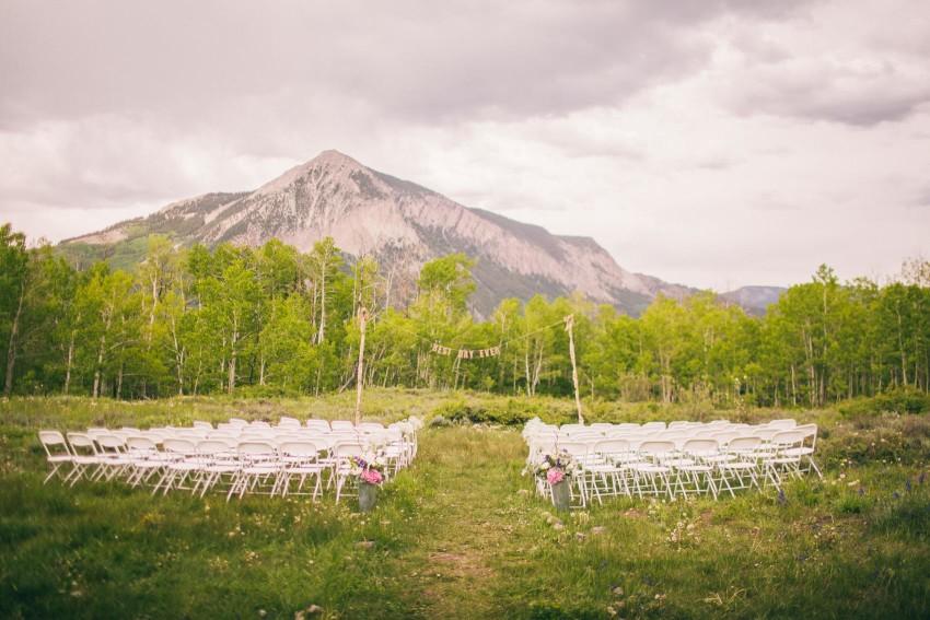 019_Crested Butte Wedding Photographer Secret Stash Woods Walk Ceremony Jamie Blue Bird Events Boho Epic Stars