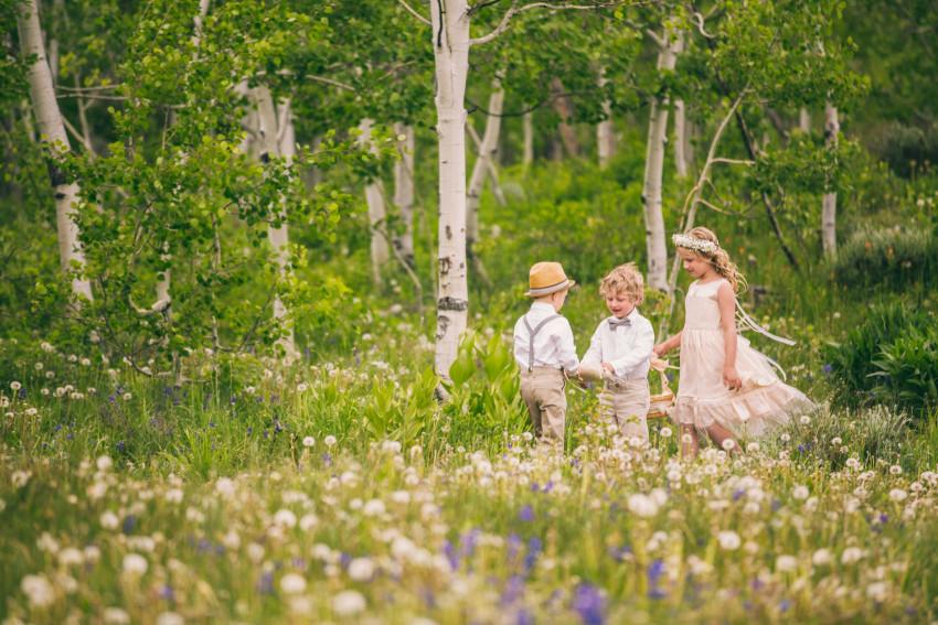 022_Crested Butte Wedding Photographer Secret Stash Woods Walk Ceremony Jamie Blue Bird Events Boho Epic Stars