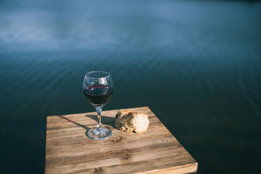 036 Evergreen Lake House Wedding Photographer communion christian bread and wine
