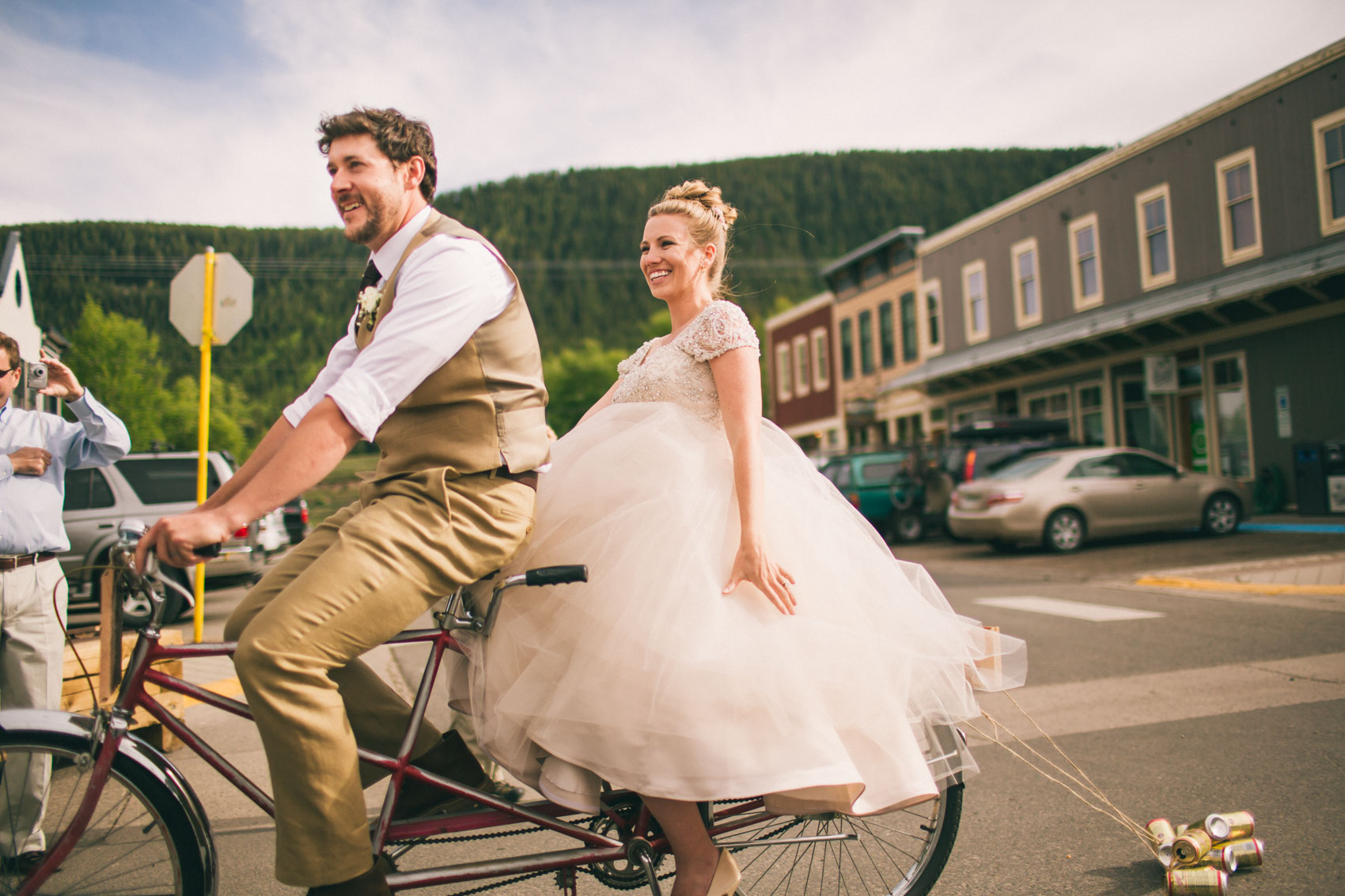 043_Crested Butte Wedding Photographer Secret Stash Woods Walk Ceremony Jamie Blue Bird Events Boho Epic Stars