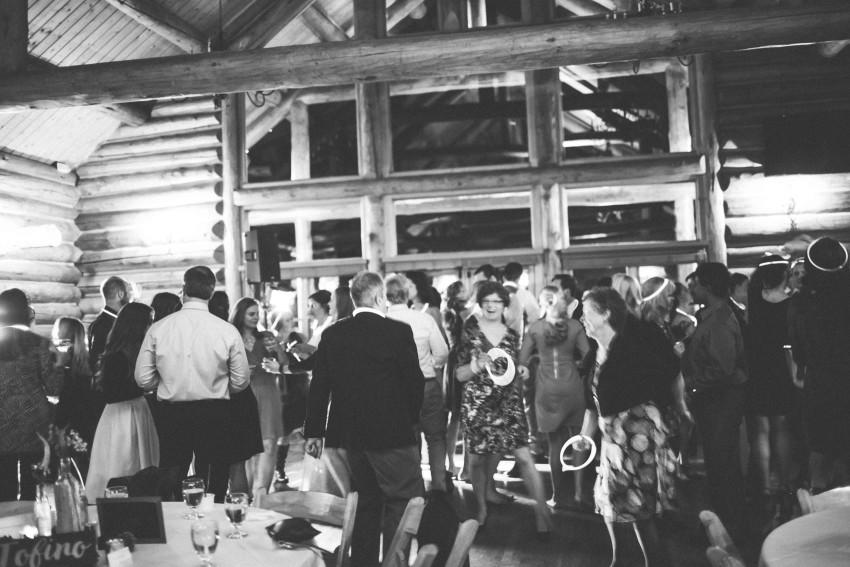 076 Evergreen Lake House Wedding Photographer