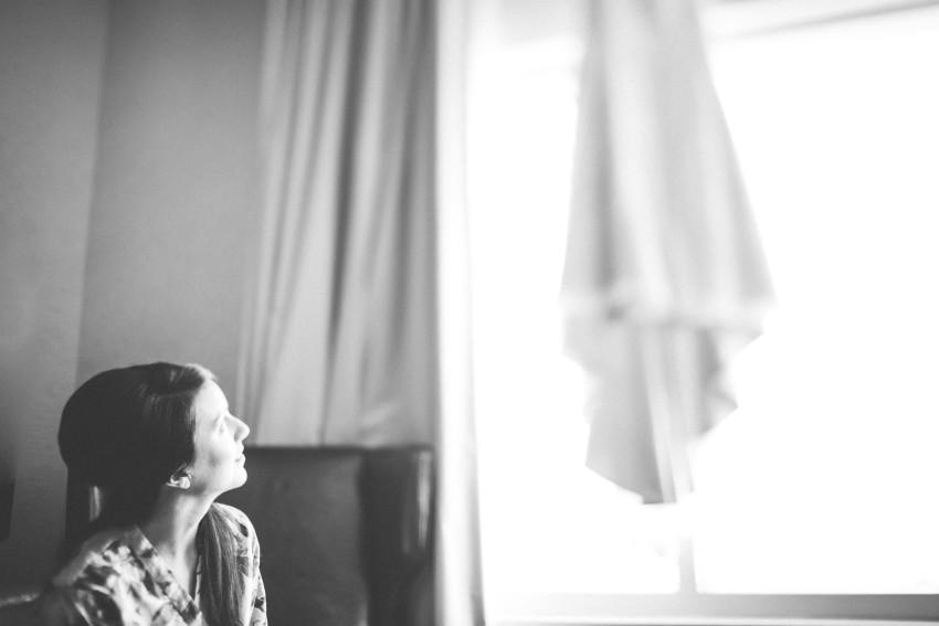 Kayla Jeremy Wedgewood Boulder Rainy Wedding Umbrella-002