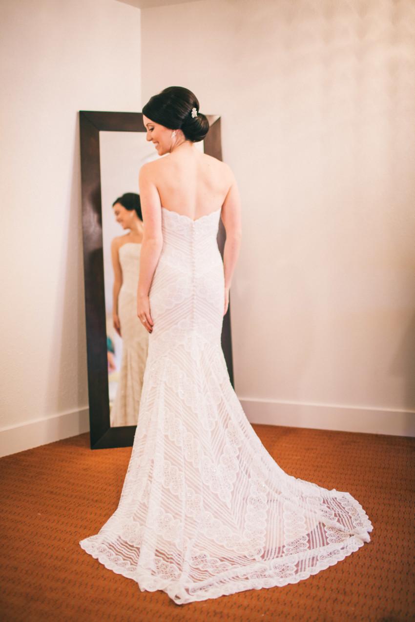 Kayla Jeremy Wedgewood Boulder Rainy Wedding Umbrella-011