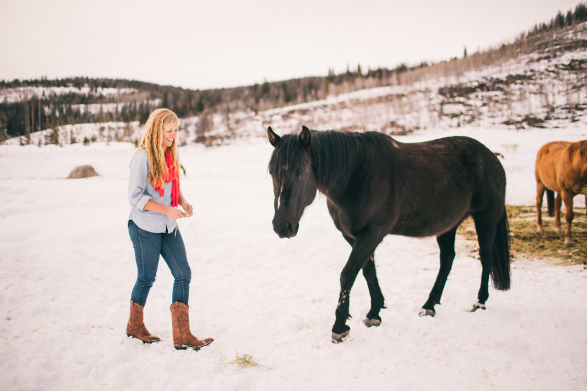 Kori Dan Engagement Steamboat Springs Vista Verde Ranch Horses Barn Snow Winter-004