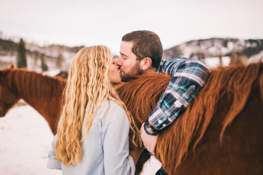 Kori Dan Engagement Steamboat Springs Vista Verde Ranch Horses Barn Snow Winter-009