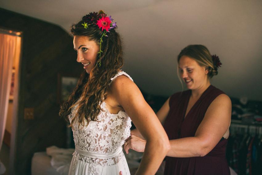 007 Mukwonago Milwaukee WI Beautiful Bride Getting Ready Andrea Danny Andrea
