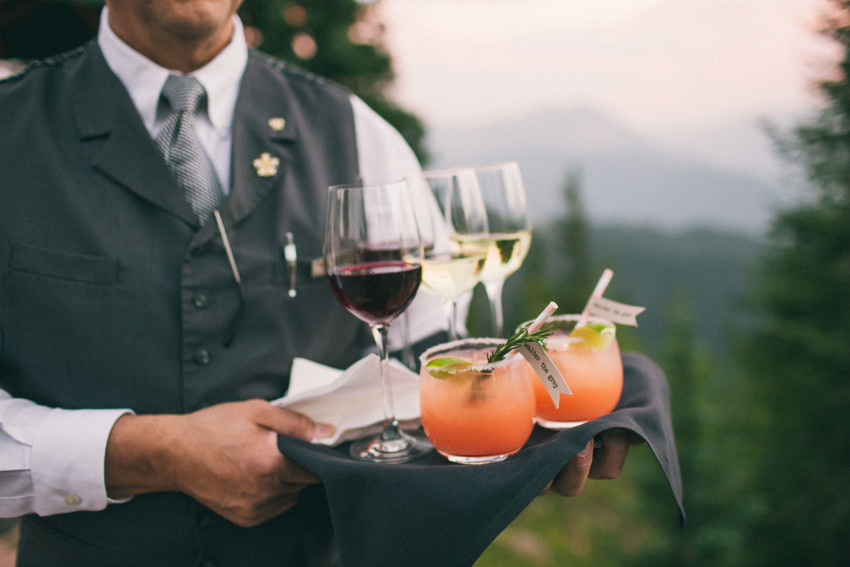 036 Aspen CO Mountain Top Luxury Wedding Drinks at Little Nell