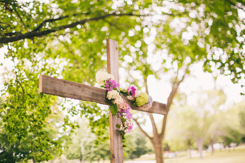 041 Mukwonago Milwaukee WI Summer Christian Wedding Wooden Cross in a Park Danny Andrea