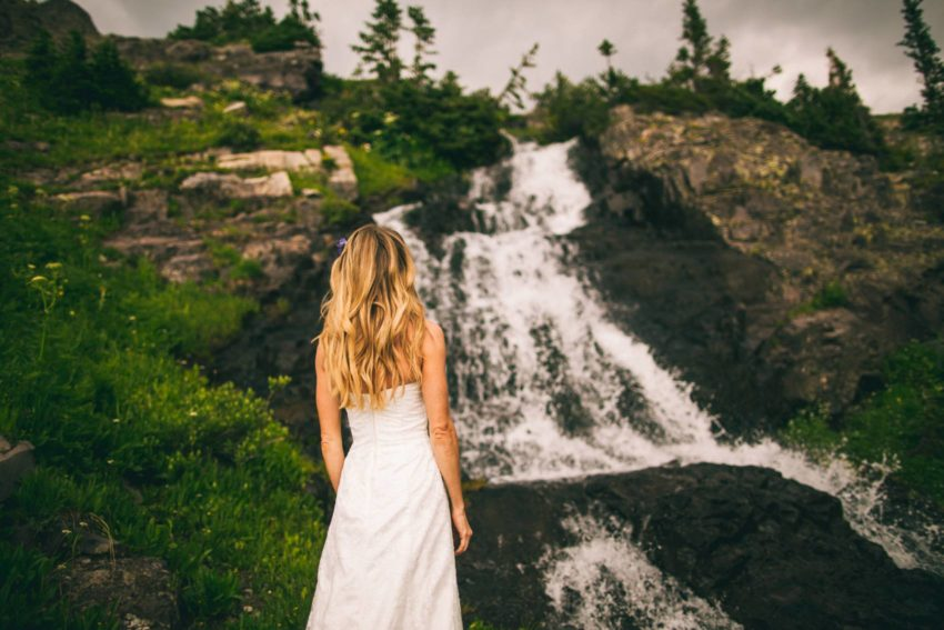 032 Crested Butte Elopement Waterfall Krsitin Phil Westfalia Off Road Adventure