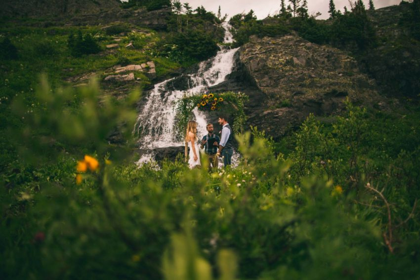 044 Crested Butte Elopement Waterfall Krsitin Phil Westfalia Off Road Adventure