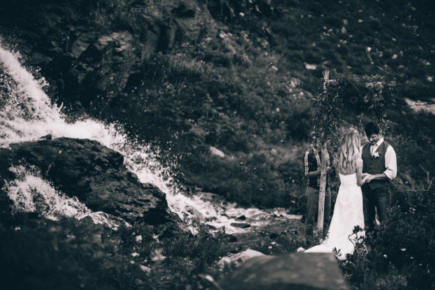 062 Crested Butte Elopement Waterfall Krsitin Phil Westfalia Off Road Adventure